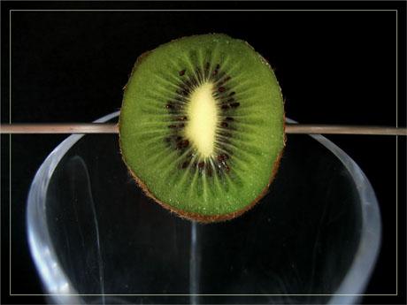 BLOG-IMG_1163-brochette kiwi sur vase