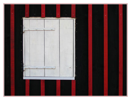 BLOG-IMG_1748-noir blanc rouge