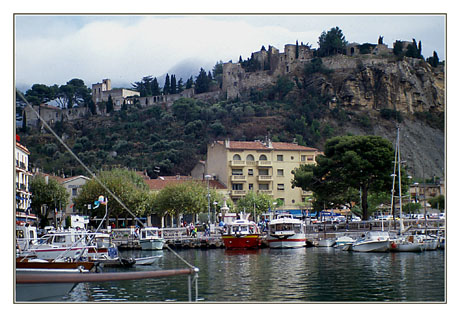 blog2-89-img424-port-cassis.jpg