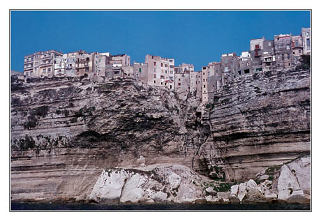 blog2-83-img2603-maisons-falaise-bonifacio.jpg