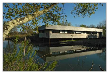 BLOG-DSC_1929-bâtiments parc ornitho depuis sentier du littoral
