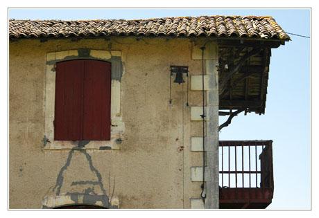 BLOG-DSC_2055-cloche et balcon Graveyron