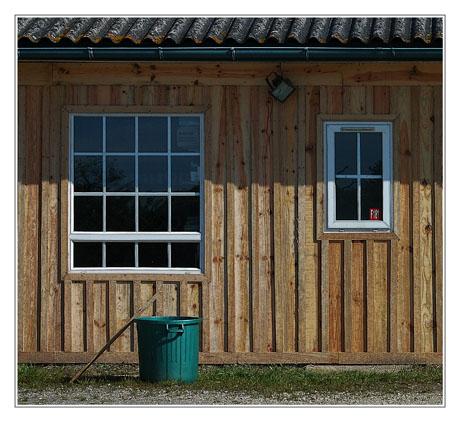BLOG-DSC_2713-Fenêtres et poubelle Midway filtrePS