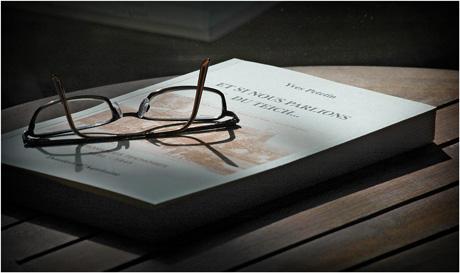 BLOG-DSC_2791-livre, lunettes, reflet guéridon