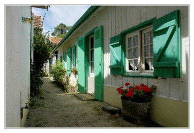 BLOG-DSC_2983-maison volets verts