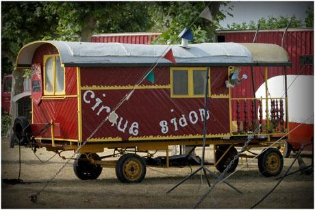 BLOG-DSC_3632-roulotte cirque Bidone