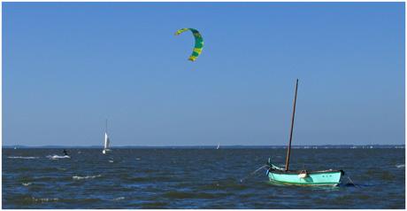 BLOG-IMG_0698-pinasseyre et kite-surfer