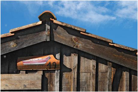 BLOG-DSC_5573-cabane pinasse rouge sur tuile