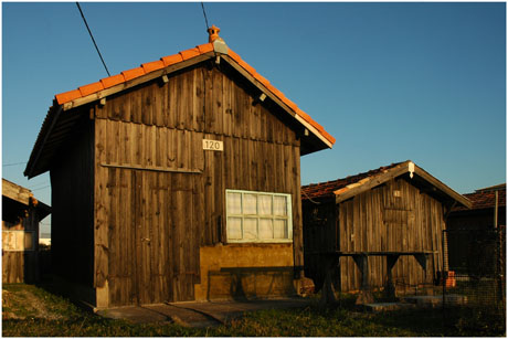 BLOG-DSC_5671-cabanes 120 et 63 Larros