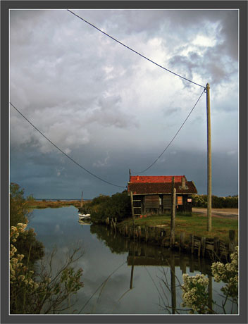 BLOG-IMG_0806-avant la pluie port de la Mole