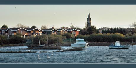 BLOG-DSC_5957-bateaux, résidence Larros, église
