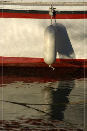 BLOG-DSC_6223-coque et bouée soleil couchant
