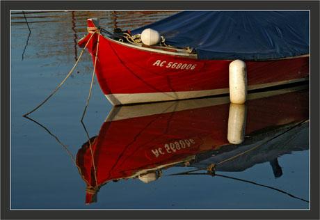 BLOG-DSC_6281-pinasse rouge bachée