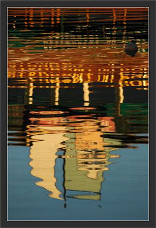 BLOG-DSC_6322- reflet resto enseigne et bouée