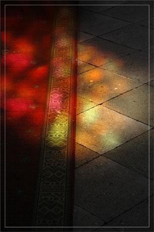 BLOG-DSC_7036-reflet vitrail sol et tapis