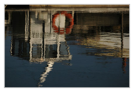 BLOG-DSC_7415-reflet plate et cabane Arès