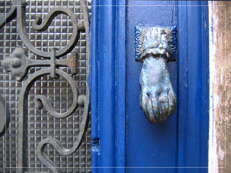 BLOG-IMG_1208-heurtoir bleu verre ferronnerie