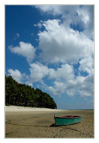 BLOG-DSC_2926-barque verte et nuages en héxagone