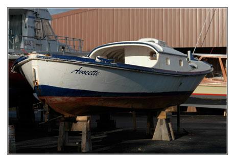 BLOG-DSC_7799-pinasse et yacht chantier naval Meyran