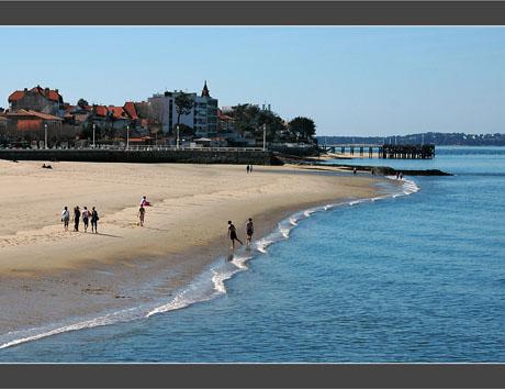BLOG-DSC_8082-promenade et foot plage Arcachon