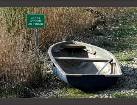 BLOG-DSC_8658-accès interdit et barque
