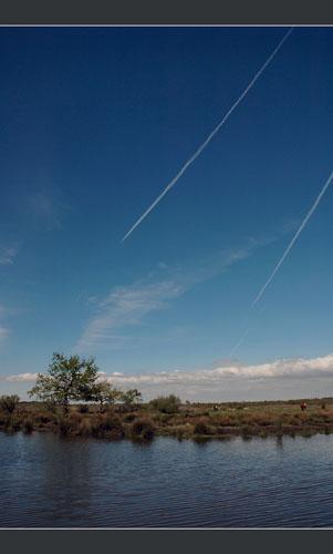 BLOG-DSC_8906-sillages avions sur plaines