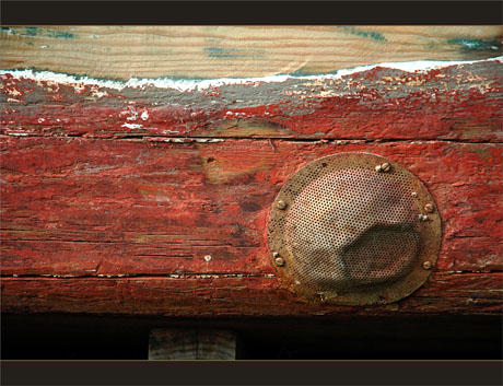 BLOG-DSC_9250-coque vieux bateau pêche
