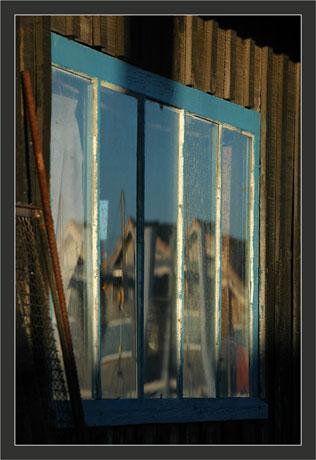 BLOG-DSC_6296-reflets fenêtre bleue
