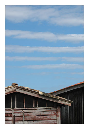 BLOG-DSC_0878-rayures cabanes Larros et ciel