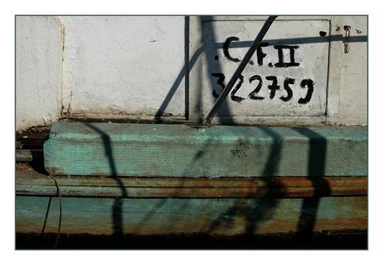 BLOG-DSC_1399-ombre sur coque verte