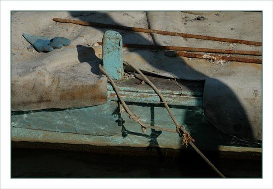 BLOG-DSC_1400-gant et bache bateau vert