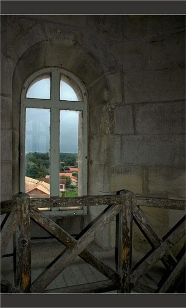 BLOG-DSC_1770-fenêtre Est clocher St André