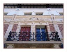 BLOG-IMG_1396-Façade ancienne conservée + extension