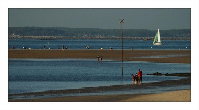 BLOG-DSC_2455-scène de plage et voiler Péreire
