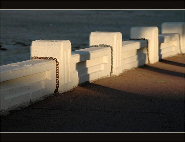 BLOG-DSC_2717-chaînes balustrade front de mer Arcachon