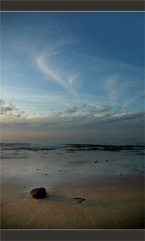 BLOG-DSC_2781-pierre sur le sable marée descendante