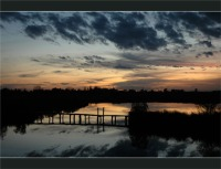 BLOG-DSC_2816-crépuscule passerelle lagune sentier littoral du Teich