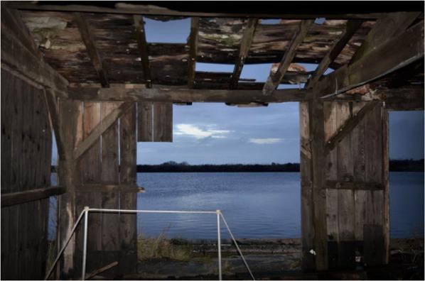 BLOG-DSC_01416-cabane éventrée canalot port la Teste