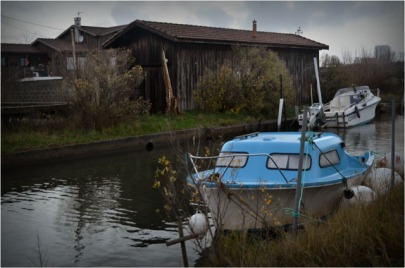BLOG-DSC_01449-bbateau bleu et cabanes canalot port la Teste