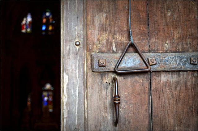 BLOG-DSC_05110-porte cathédrale Bazas