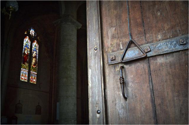 BLOG-DSC_05141-porte cathédrale Bazas