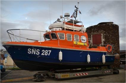 BLOG-DSC_10199-vedette SNSM port Larros