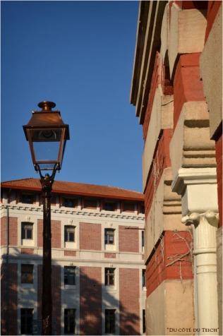 BLOG-DSC_16241-réverbère boule arcachonnaise et villa Simonne Juliette