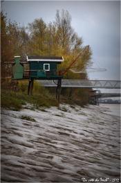 BLOG-DSC_17897-cabane, ponton port Garonne et pont d'Arcins