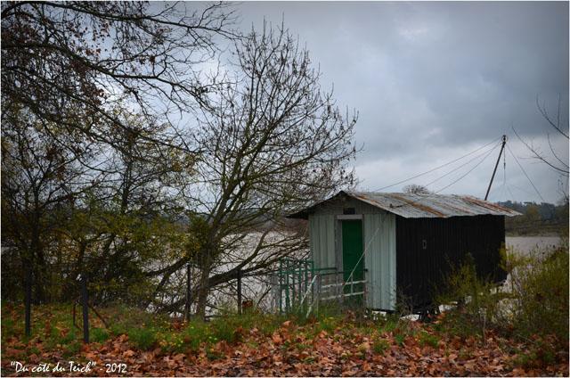 BLOG-DSC_17942-cabane Rives d'Arcins Garonne