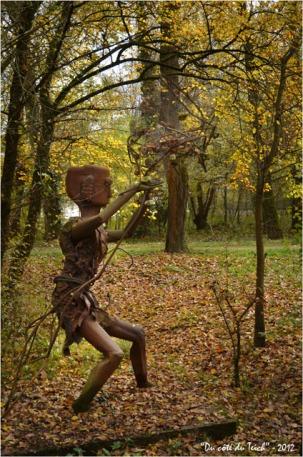BLOG-DSC_17991-sculpture forêt enchantée Rives d'Arcins