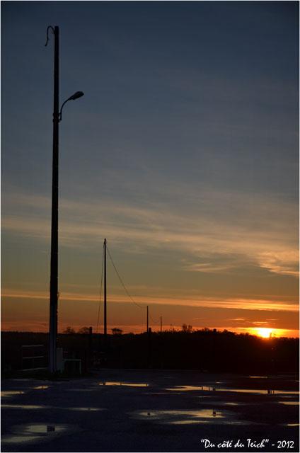 BLOG-DSC_18239-soleil couchant port des Tuiles face île Malprat