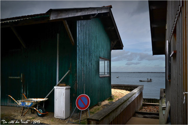 BLOG-DSC_19008-cabane verte brouette et stationnement interdit rivages l'Herbe