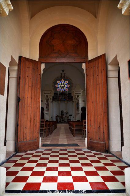 BLOG-DSC_19057-entrée chapelle villa algérienne  ND du Cap à l'Herbe
