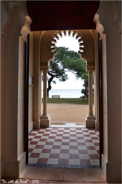 BLOG-DSC_19063-chapelle villa algérienne  ND du Cap à l'Herbe face au Bassin